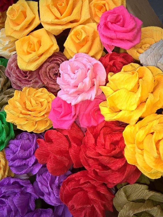 Oi amigos do Pin, minhas flores de crepom, espero que gostem