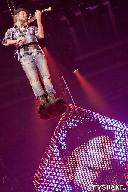 David Garrett ♪ @ Bremen Arena (Bremen) 08-06-11. Photo: Gunter Zinkgraf.