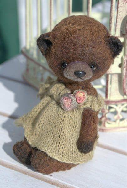 Dolly By Olga Schlegel - Bear Pile