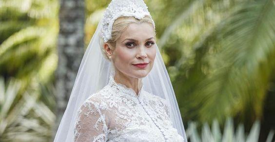 Vestido de noiva de Sandra em Êta Mundo Bom foi inspirado na princesa Grace Kelly