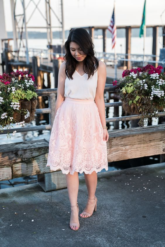 Chi Chi London Full Lace Skirt Outfit | Petite Fashion Blog