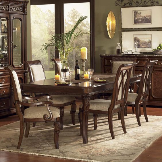 Granada Dining Room Set With Upholstered Chairs By Wynwood Hudson 39 S Fur