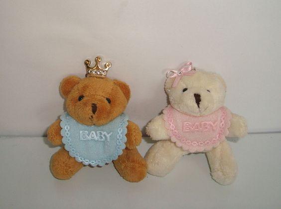 Urso príncipe com babador