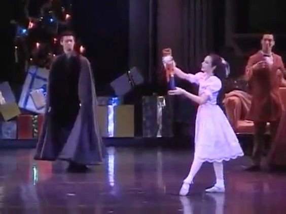 Ballet videos showing a little bit of my work.// Videos de ballet que muestran un poco de mi trabajo.
