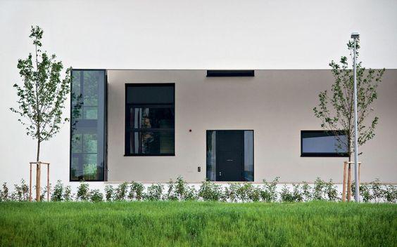 Aulík Fišer Architects - Community Centre, ZaBrumlovkou, Prague (2007-2009)