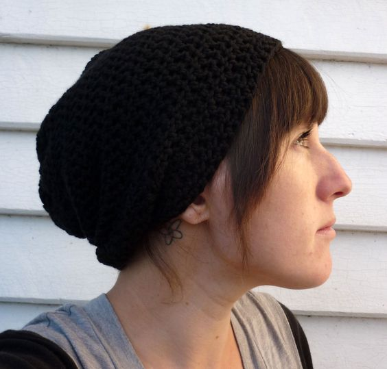 Slouchy Crochet Beanie in WOOL - BLACK or your choice of colour | Felt