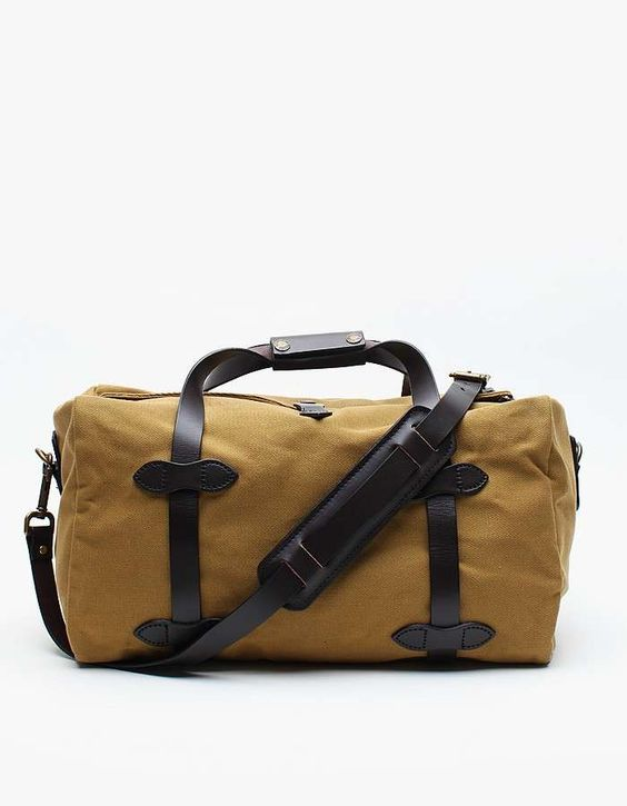 Love the Filson Small Duffle Bag on Wantering | Gifts for Him | mens small duffle bag | manbag | mens accessories | menswear | mens style | mens fashion | wantering http://www.wantering.com/mens-clothing-item/small-duffle-bag/aadIe/