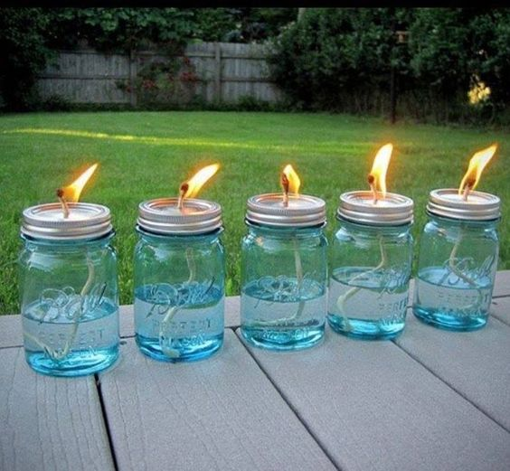 diy bocaux le parfait lampe huile tutorial for mason jar citronella oil lamps to keep the bugs. Black Bedroom Furniture Sets. Home Design Ideas