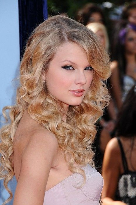 Terrific Her Hair Blonde Curly Hair And Curls On Pinterest Short Hairstyles Gunalazisus