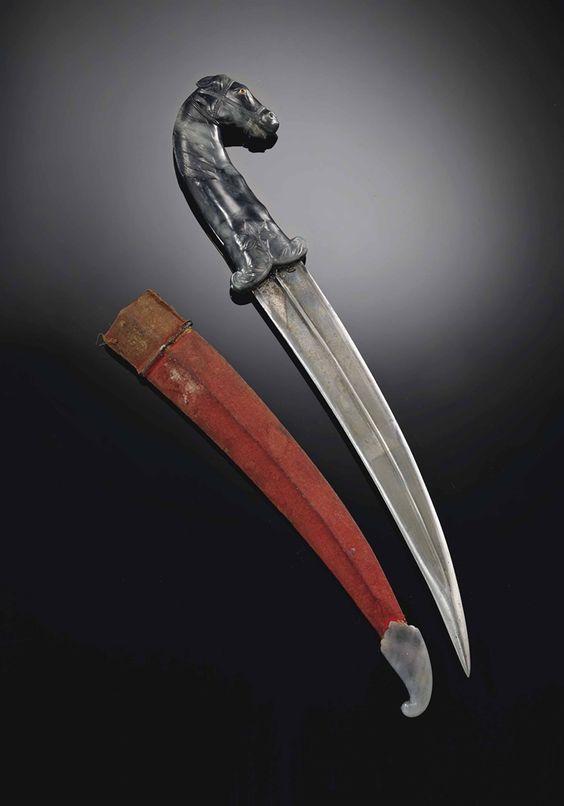 A RARE JADE-HILTED HORSE'S-HEADED DAGGER, KHANJAR -  MUGHAL INDIA, 18TH CENTURY