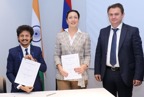 M Auto Announcement and collaboration of the first ever commercial transaction between India and Republic of Armenia