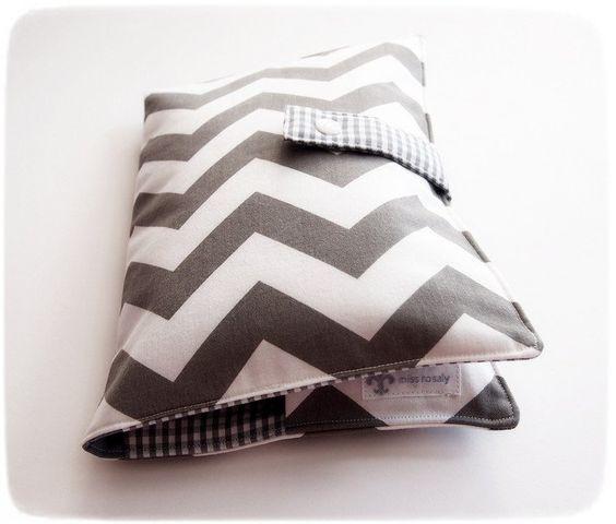 """Wickeltaschen - Wickeltasche: """"Chevron grau"""" - ein Designerstück von Miss_Rosaly…"""