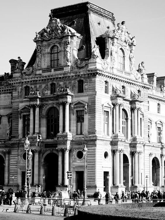 Musee Du Louvre In Paris France Photograph