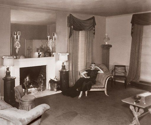 Carole lombard in her living room designed by william for Living room 0325 hollywood