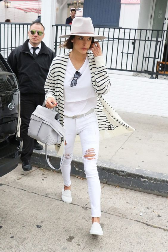 Parisienne: How to wear your white jeans