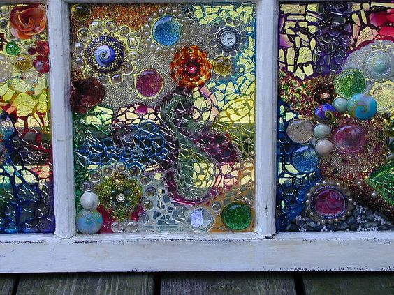 Mosaics broken glass and glasses on pinterest for Art glass windows and doors