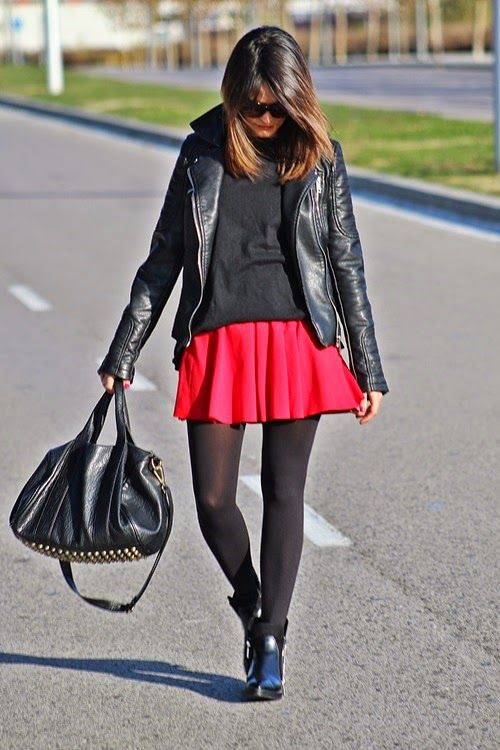 Le Cool: A touch of red!!