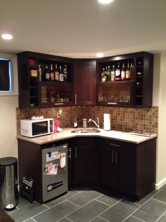this kitchenette is great for a small apartment or for an