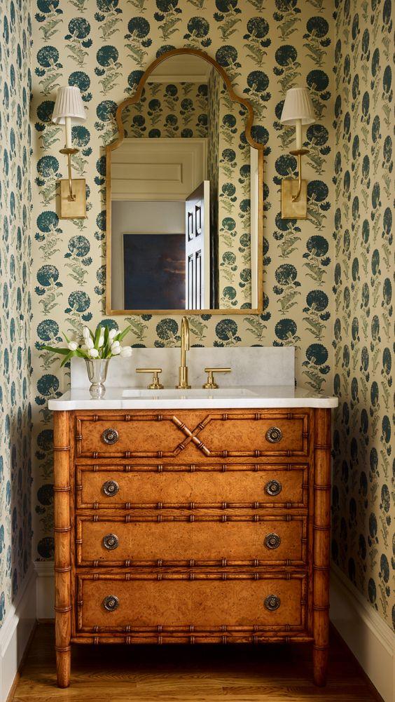 イギリス インテリア トイレ コーディネート例 ミラー 鏡