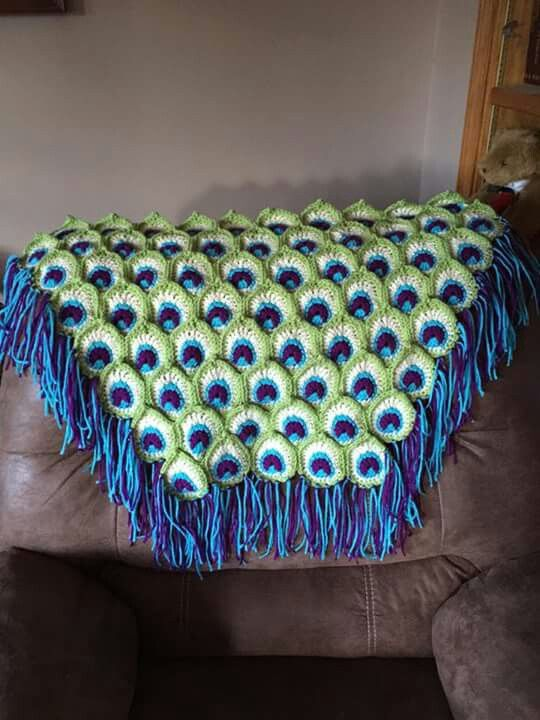 Free Crochet Pattern Peacock Feather Afghan : Peacock blanket Crochet - peacock Pinterest Peacocks ...