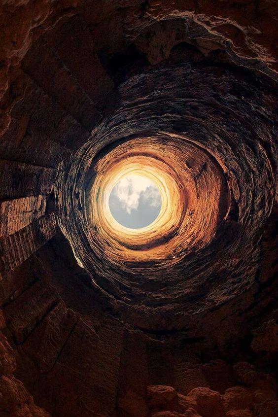 ما هو على الجانب الآخر؟ ... ليس هذا بعيدًا (رومل - مرسى مطروح ، مصر) بقلـم محمد الطنطاوي ... # البوابات # فانتازيا # أحلام # سبيريتوالارت # عالم آخر