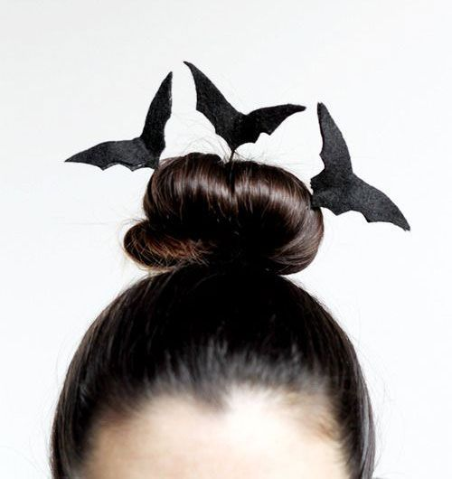 Halloween Costumes Will Not Be Enough To Bring Halloween Looks You Obviously Need Ha Coiffure Halloween Coiffure Halloween Facile Maquillage Halloween Simple