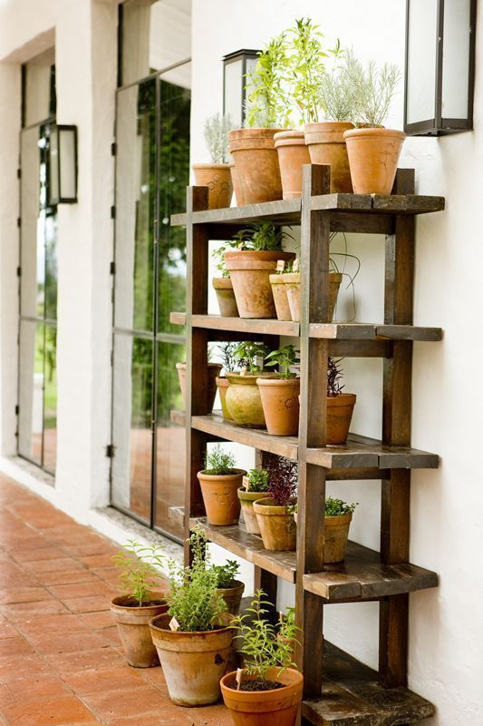 Diy Plant Stand, Outdoor Plant Shelves
