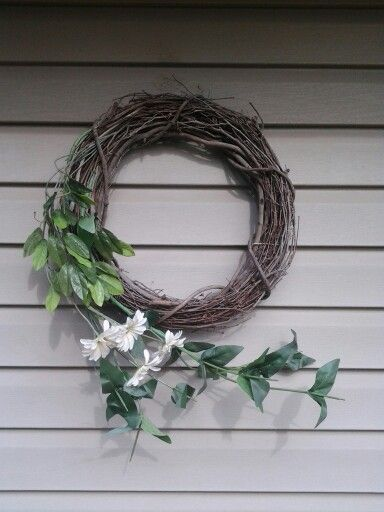 My favorite wreath yet! And everything was from Goodwill!
