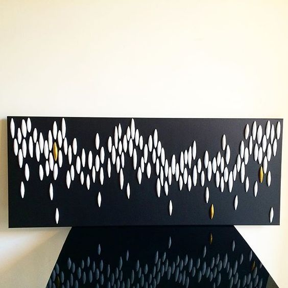 """Clay wall installation """"Night of the shooting stars"""""""