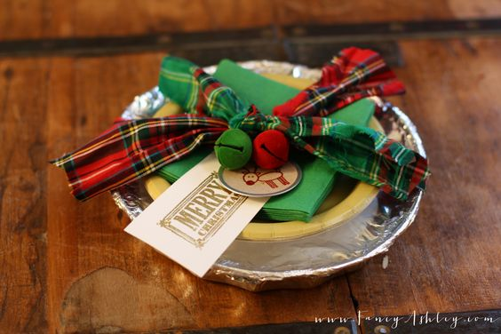 Let's talk about Christmas traditions. I am a big fan of them. I grew up in a big family, with lots of traditions. So,I always knew I wanted to instill traditions into my children...even before I ever had them. Now that Teddy and Reagan are almost 5 and 2.5 years old, they comprehend ... - http://www.fancyashley.com/2013/12/16/christmas-traditions-homemade-cinnamon-rolls/