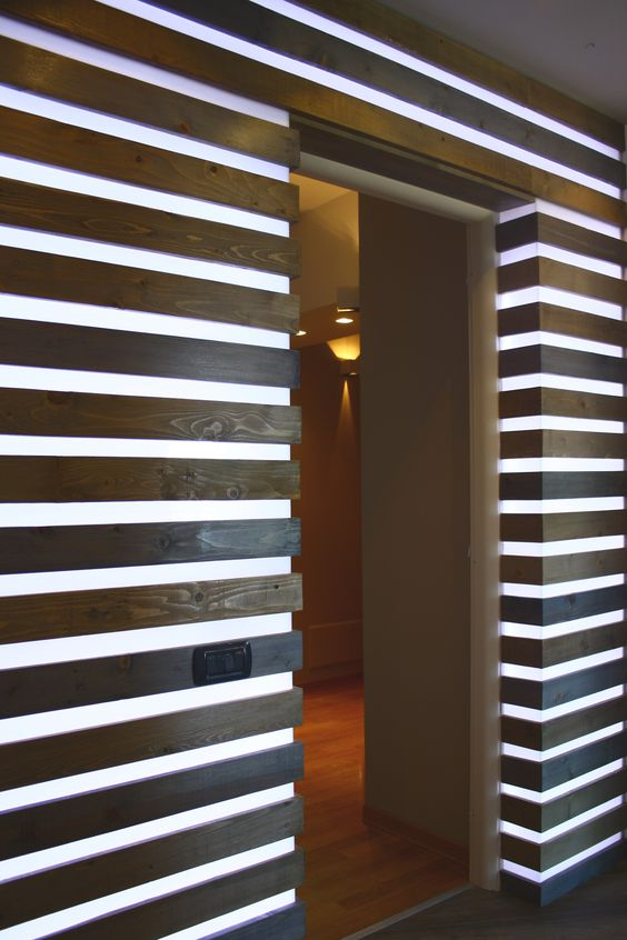 pallets wall #ecodesign #riciclo #pallet #wall #light #arredi ...