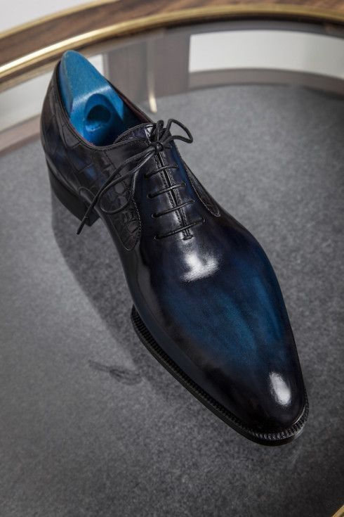 Handmade Cowhide Leather Blue Pointed Toe Formal Shoes For Men In 2021 Dress Shoes Men Gentleman Shoes Formal Shoes For Men