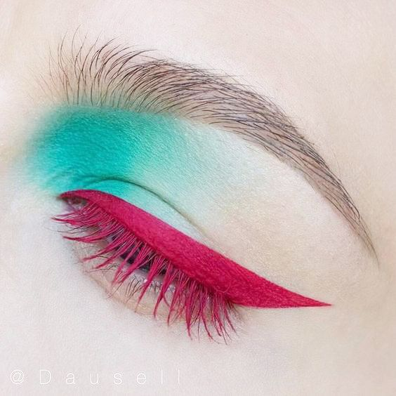 Coloured mascara and eyeshadow look