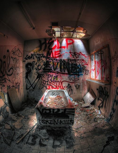Abandoned Insane Asylum ▸ Reblog and ☑ Follow us for more beautiful urbex and decay ▸▸ Have a picture to share? Submit it Source