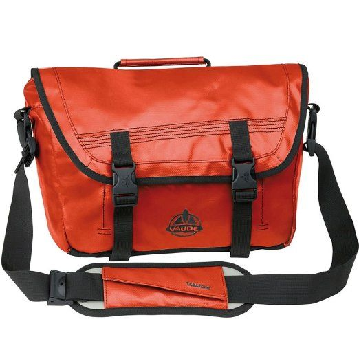 VAUDE Umhängetasche Luke S, orange, 25x31x11 cm, 8 liters, 102772270: Amazon.de: Sport & Freizeit. I own that one in XS, black, but I am ogleing the orange S-size one a bit, still.