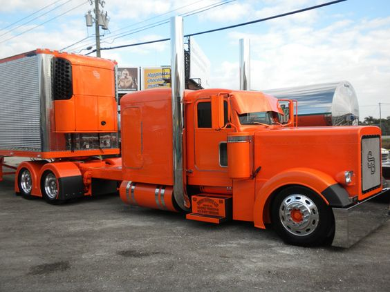 custom big rigs show trucks | Click the image to open in full size.