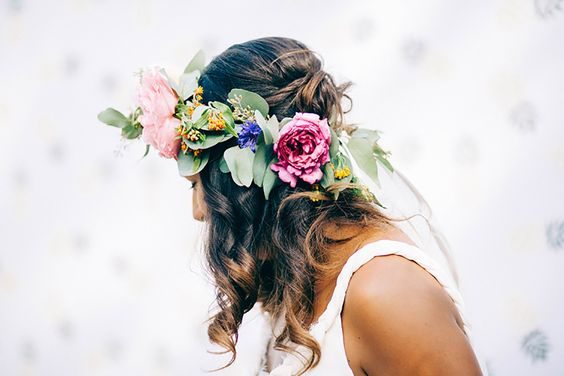 Couronne de mariée colorée │Colorful wedding crown │Photographe : Wild Sparrow