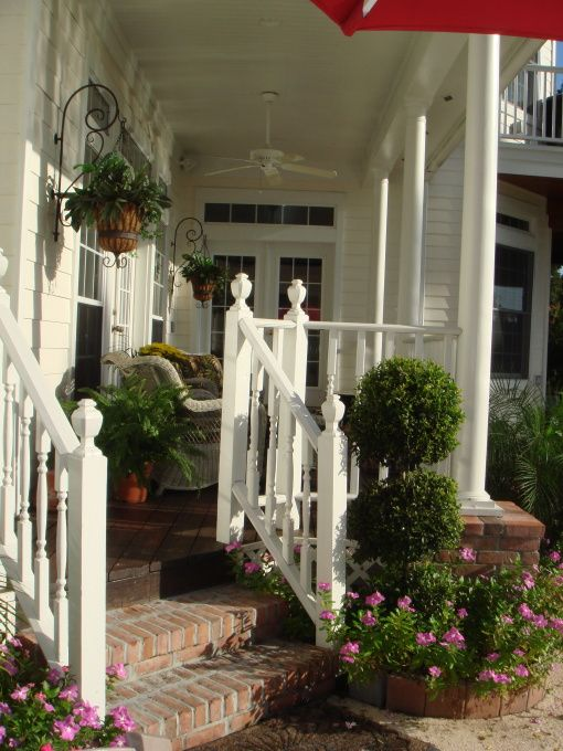 have always loved this porch! With the permission of the owner, I've had this photo on my blog from the beginning.