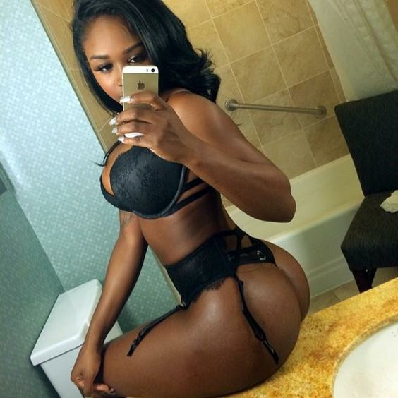 Sexy black girl in black lingerie #selfie #selfshot #ebony