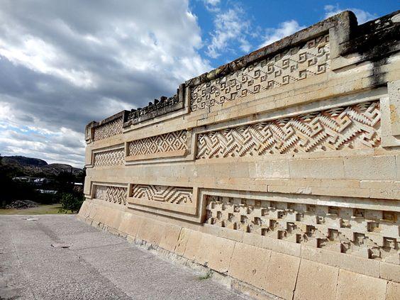 Travel Report Mitla, devastación de su zona arqueológica - Travel Report