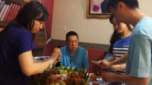 Dinner w tumpeng from Linda