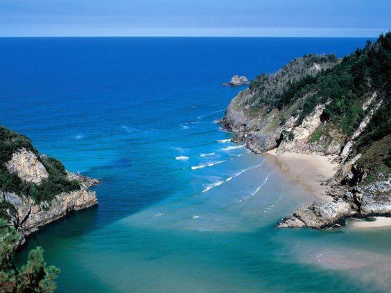 Playas de Cantabria: Tina Menor  #Cantabria #Spain