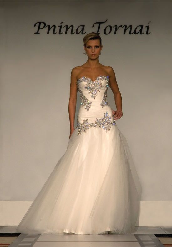 Pnina Wedding Gown Why Do I Have To See This M In Love One Day When Find True 3 Pinterest Gowns Tornai And