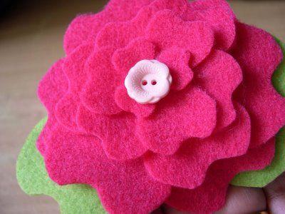 yoonie-at-home: Peony Flower Felt Clip Tutorial + Template