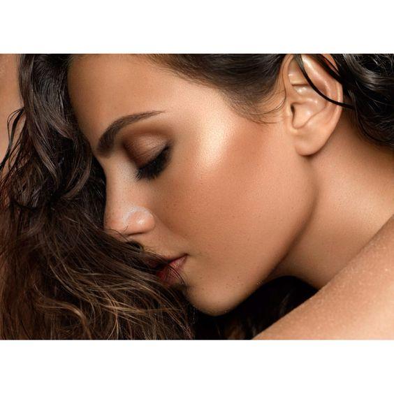 Makeup and hair by Christina Guerra. #photography by Melis Dainon #Naturalcontour. Perfect eyebrows. Bronze smokey eye. Rosy lips. Beachy hair. #Beachhair. #Cheekhighlight. #NYXCosmetics Born to Glow Liquid Illuminator in Gleam. #beautymisfit