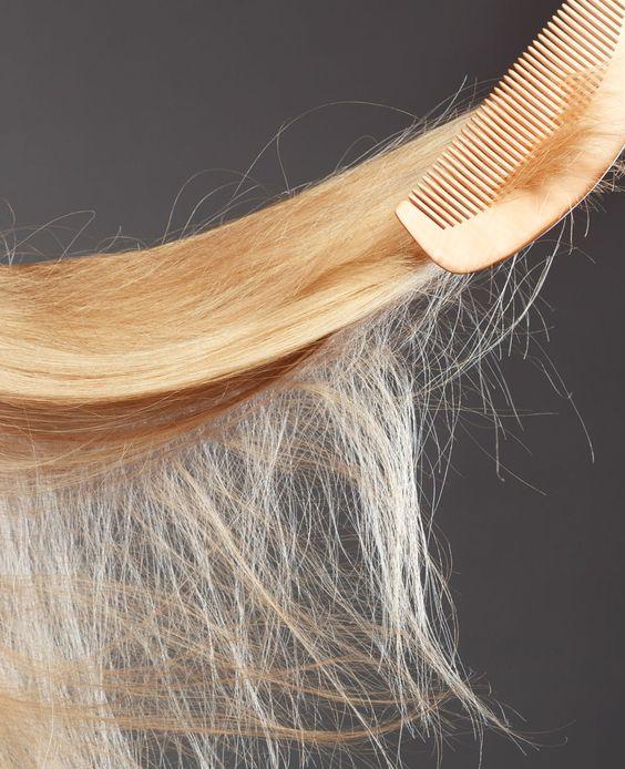 Heb je net als veel vrouwen last van pluizig haar en al van alles geprobeerd? Neem afscheid van je pluizenbol met deze tips!