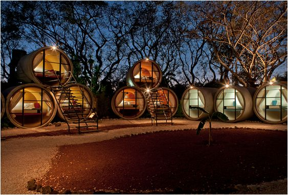 Tubohotel is one of the world´s most unique hotels, it is located in Tepoztlan, Morelos, Mexico. The hotel designed by Architect studio T3arc uses recycled concrete pipes for hotel rooms.: