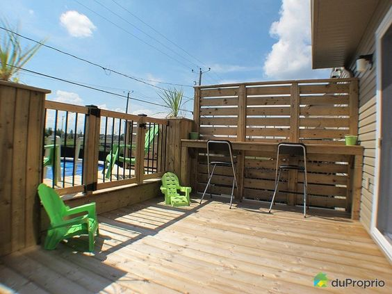 Patio google and search on pinterest for Construire deck piscine