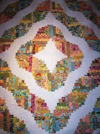 Curved Log Cabin Quilt Quilt Love Pinterest Quilt