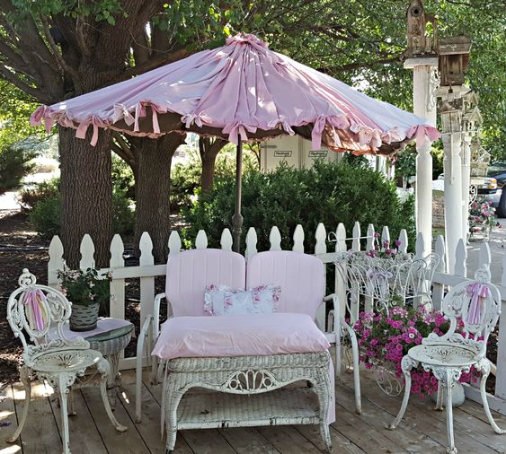 "Penny's Vintage Home: Shabby ""Sheet' Umbrella"